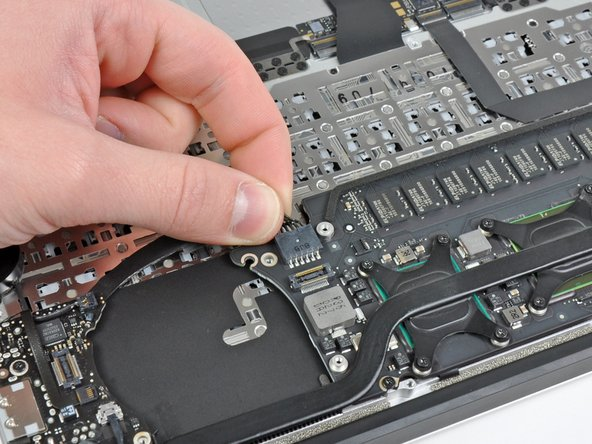"MacBook Air 11"" Late 2010 Logic Board Replacement"
