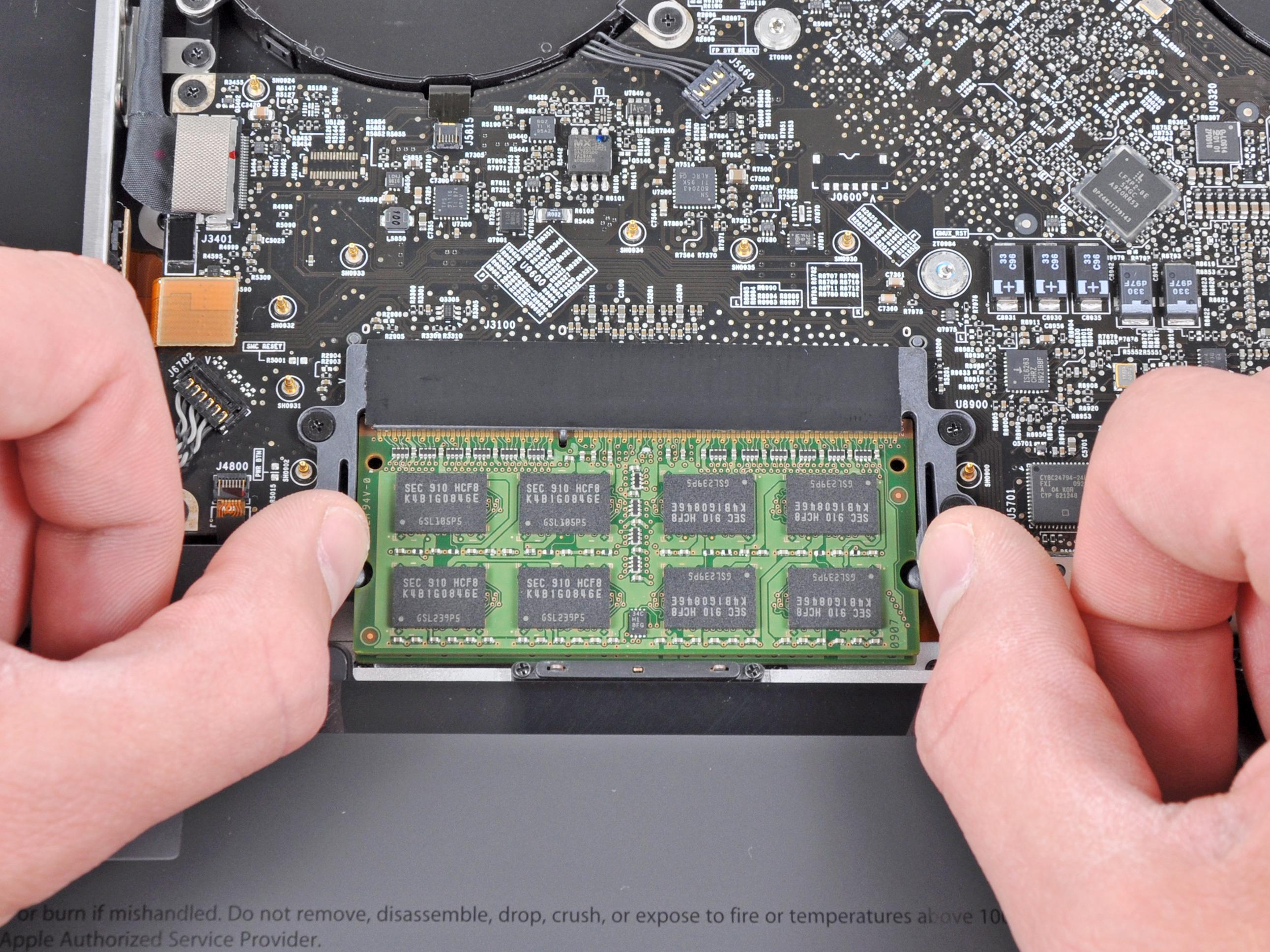 macbook pro 17 unibody ram replacement ifixit repair guide rh ifixit com MacBook Pro Unibody Replacement MacBook Pro Unibody Replacement