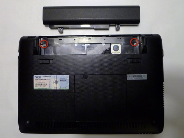 Removing Asus Eee PC 1215N Battery Compartment Screws