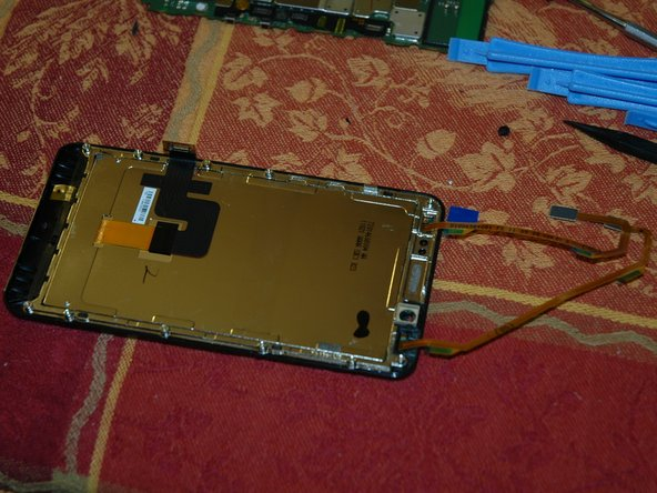 Image 1/1: The LCD can be lifted out of the frame. Be careful to keep it clean and free from dust.
