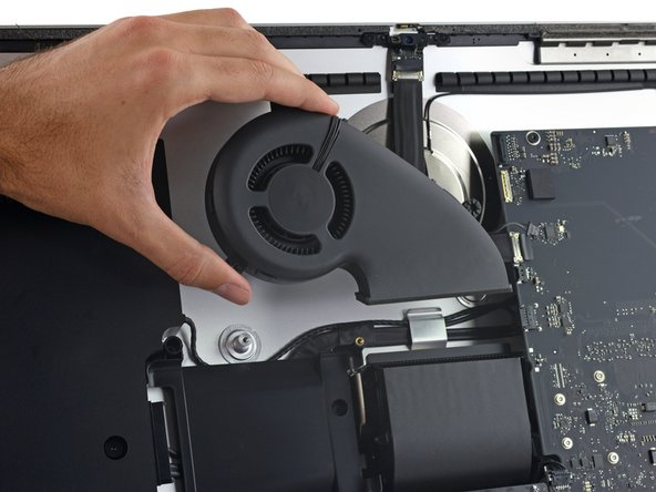 Despite the similar appearance, the Fusion Drive in this model has a significantly smaller flash partition than the previous generation.