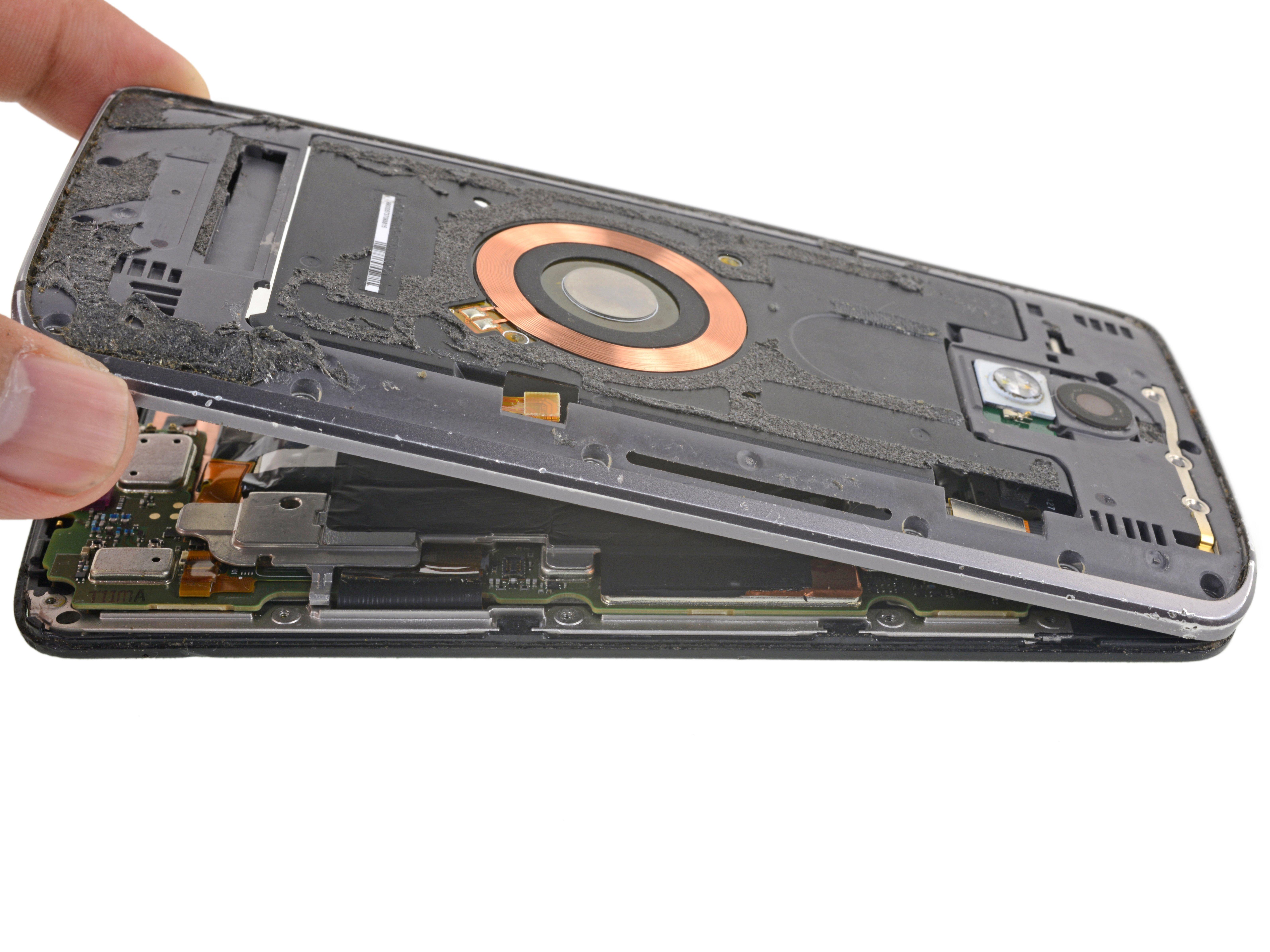 Motorola Droid Turbo 2 Midframe Replacement - iFixit Repair