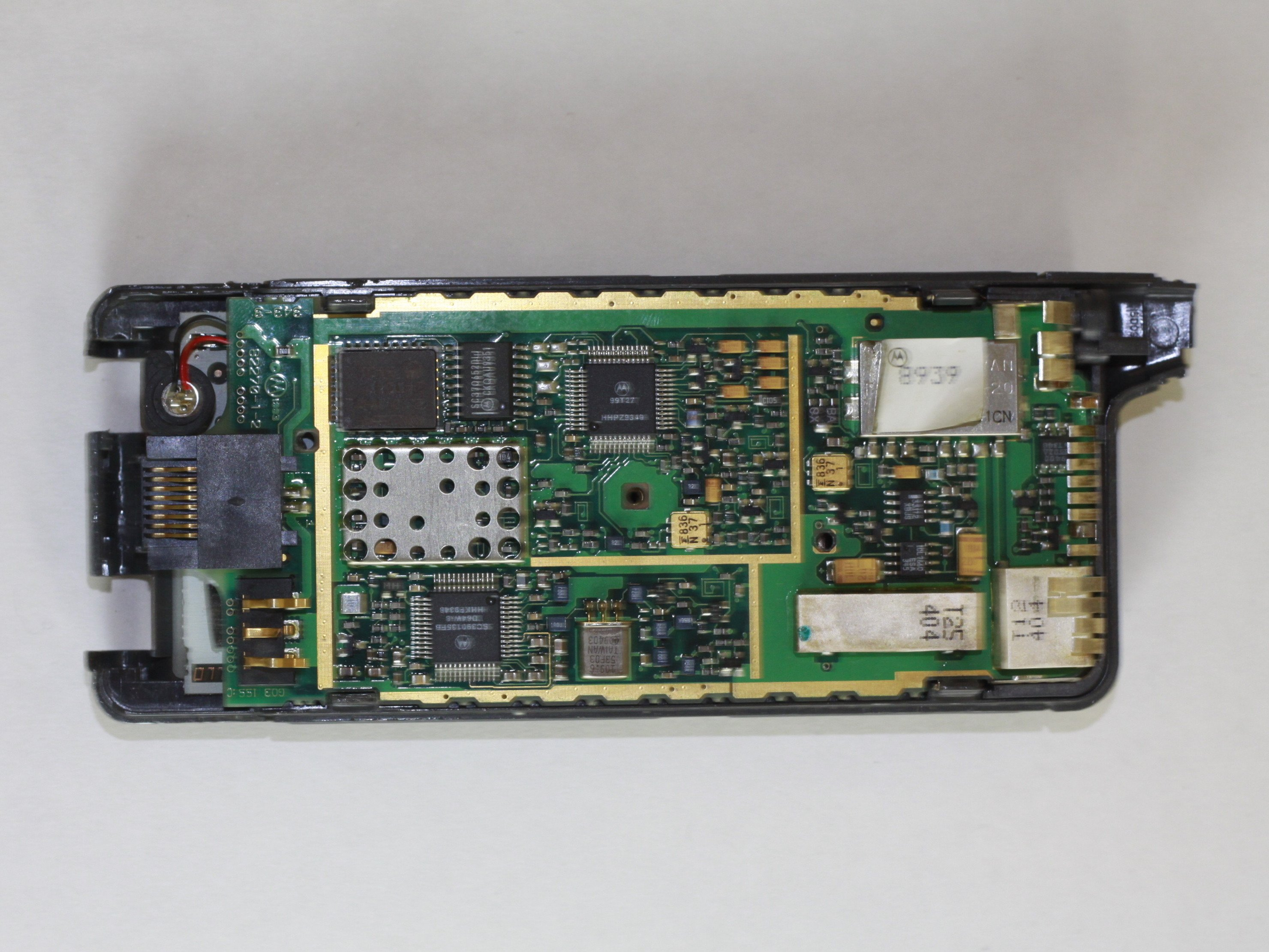 how to learn on what chipset the phone is assembled