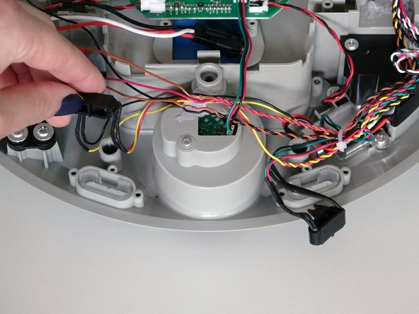 Image 2/3: Lift each of the sensor pieces out, and you'll be ready to install your new ones.