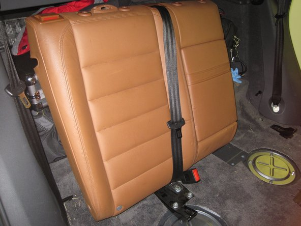 Image 1/3: This is similar to the left seatback.