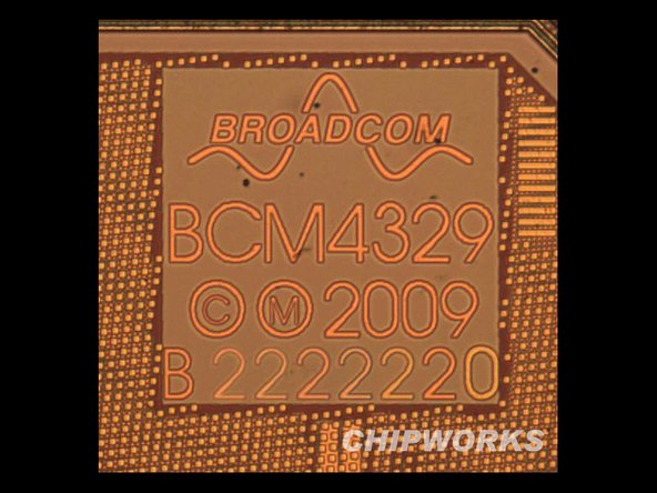 Broadcom 802.11a/b/g/n WiFi + Bluetooth 2.1 + EDR and FM.