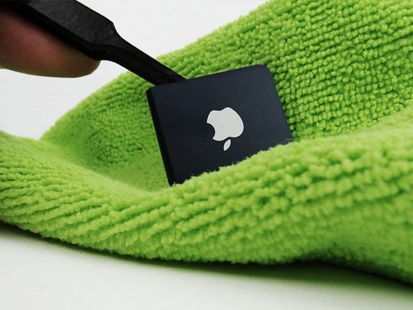 Take out the iPod shuffle after the 3 mins and dry with a microfibre cloth. Leave to dry for 3 hours before use.