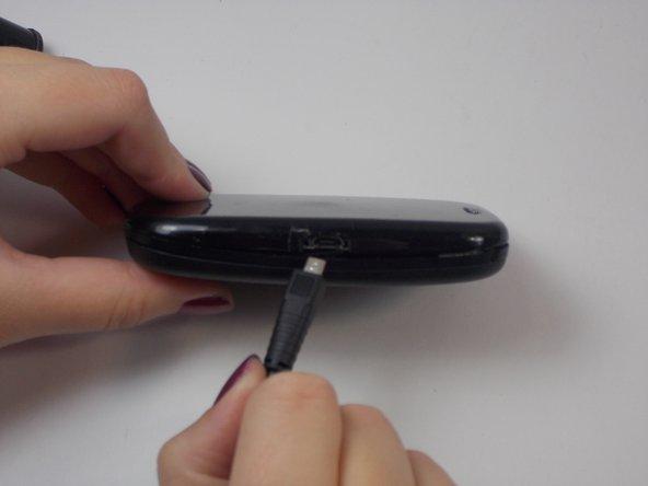 Remplacement de la prise du chargeur du Palm P101UNA