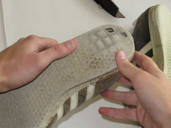Make sure and clear the Gazelles of any debris that that could be stuck under the loose squares of the sole.