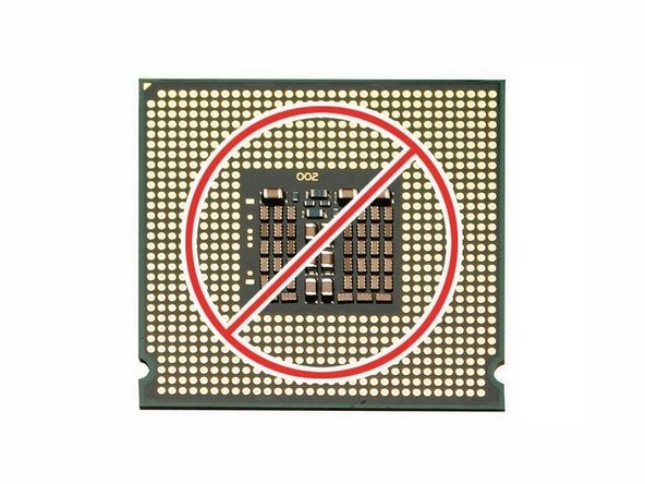 Important: When removing or installing a processor, always hold the processor by the edges. Be extremely careful not to touch the gold pins on the bottom of the processor, as this type of connector is very sensitive to contamination. Also be careful not to touch the gold pins in the processor socket on the logic board.