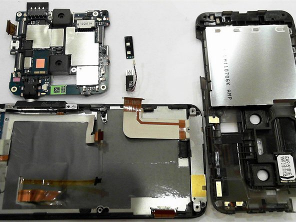 This concludes the (simple) teardown of the Evo 3D.