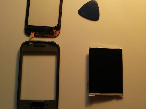Make sure not to get under the black adhesive on the back be the digitizer
