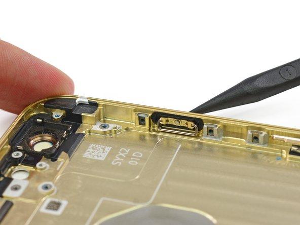 在这里我们是喜欢按按钮的。我们特别觉得这个围绕着电源按钮的新橡胶垫片特别有意思。