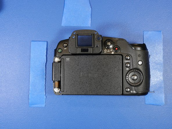 Here's what the rear shell looks like without the LCD hinge covers.