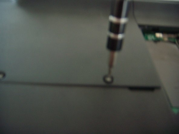 by unscrewing these 2 star screws size 6 we can lift the hard disk plate.