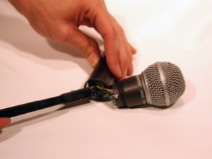How to clean the Shure SM58