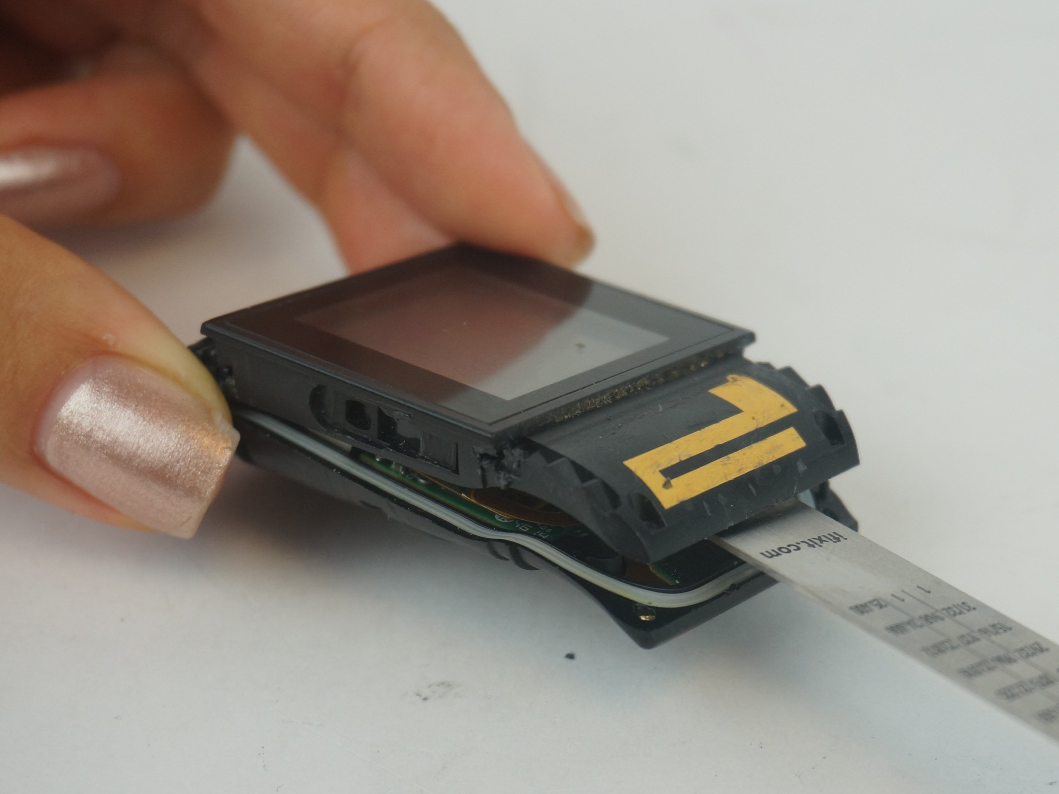 Fitbit Surge Screen Replacement - iFixit Repair Guide