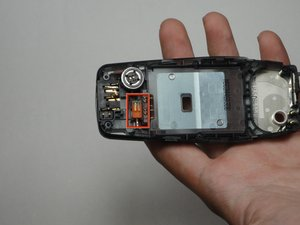 Disassembling Nokia 3560 Vibrator
