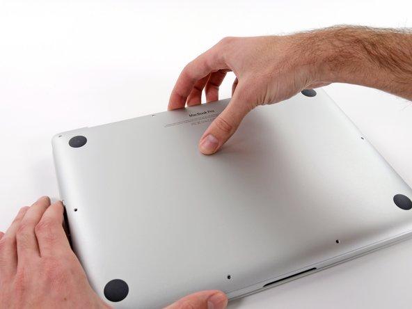 """MacBook Pro 13"""" Retina Display Anfang 2013 unteres Gehäuse austauschen"""