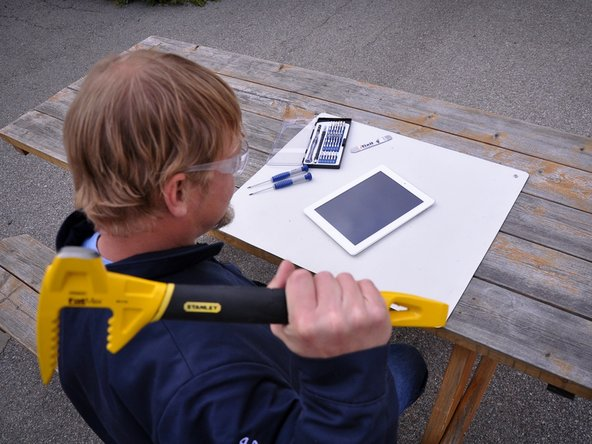 Using a Stanley iPad opening tool to open an iPad