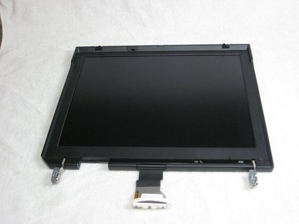 Disassembling IBM ThinkPad A30 Display Assembly