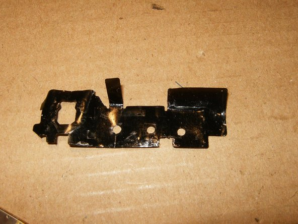 Image 2/3: you will have to de-solder the battery frame on one point.