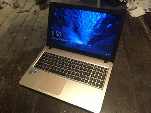 Asus X540S notebook