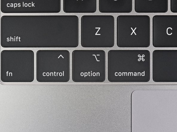 Visually speaking, the new keyboard is strikingly similar to the previous model. In the first image you can see the slightly taller option ⌥ symbol on the new model.