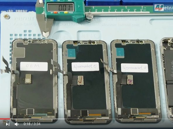 Comparison between iPhone X OEM screen and Aftermarket LCD screen