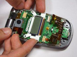 Démontage du petit LCD du Panasonic GU87