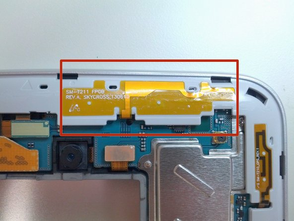 Removing the back cover exposes the PCB antenna on the plastic main body