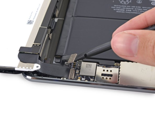 Be very careful to only pry up on the battery connector and not on the socket itself. If you pry up on the logic board socket, you may break the connector entirely.