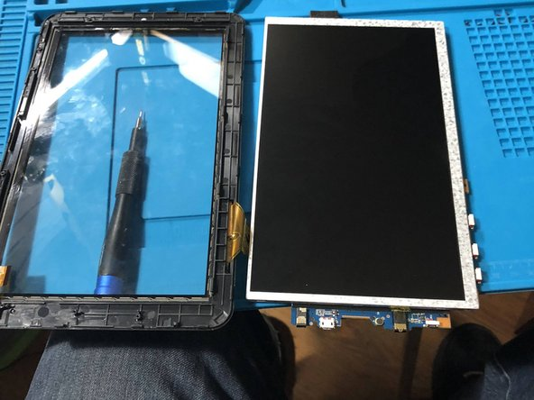 Polaroid P902 LCD and Digitizer  Replacement