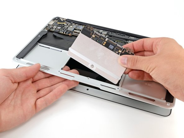 "MacBook Air 11"" Early 2014 Trackpad Replacement"