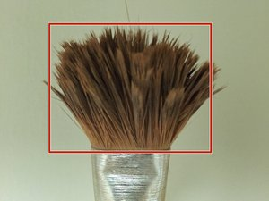 Reparar las cerdas de un pincel para pintura