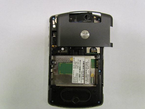 Image 1/1: Lift the camera sticker so that it doesn't get damaged.