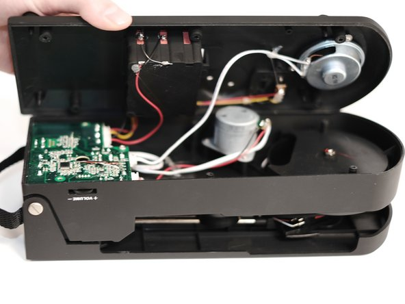 Image 3/3: Use your phillips head screwdriver to remove each screw (keep them in a safe place for later).