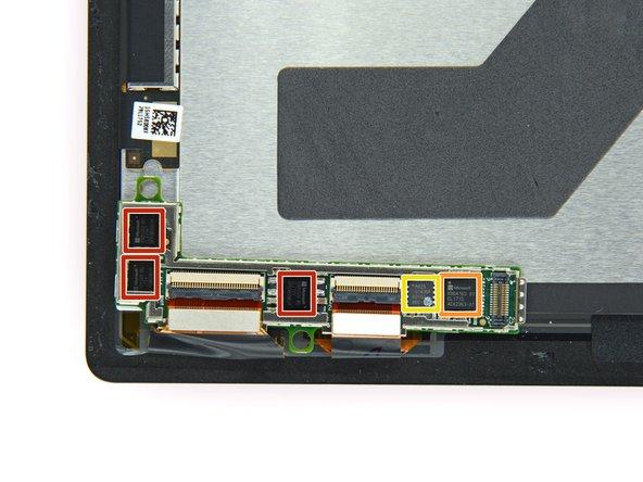 显示器背部的芯片,发现了看起来类似于在Surface Pro 4上的N-trig模块:
