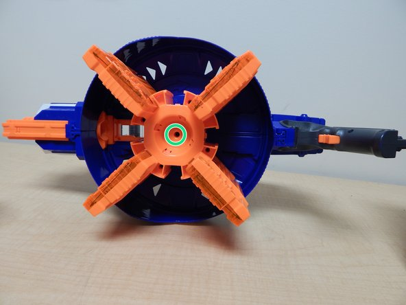 Image 1/2: Pull the entire chamber upwards to separate it from the rest of the Nerf Gun.