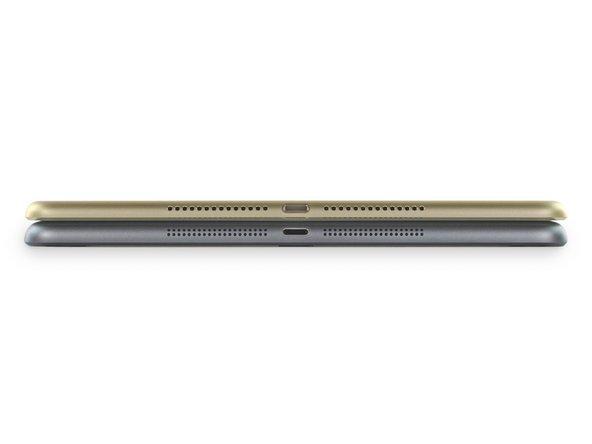 Image 1/2: Если серьёзно, то 6,1 мм впечатляют. iPad Air 2 тоньше по сравнению не только с iPad Air, но и с новыми iPhone. Причём, в отличие от iPhone, планшетник избавлен от пресловутой выступающей камеры.