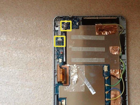 Image 1/3: Unscrew 2x Philips screws