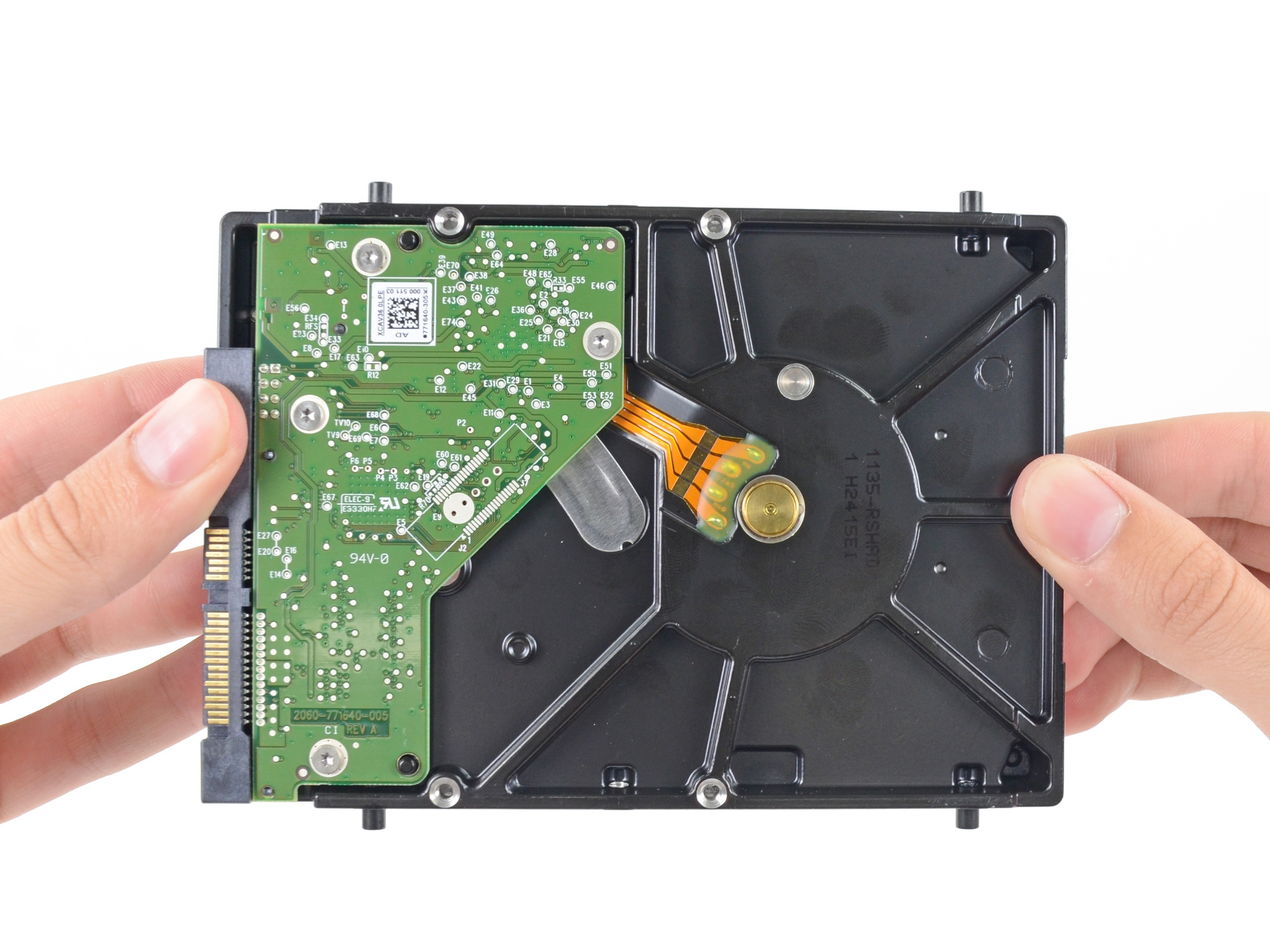 How to connect the second hard drive