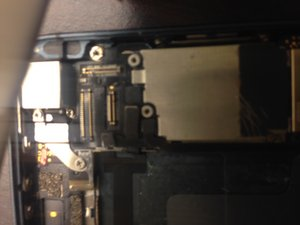 Water damaged iPhone 5, repeated alcohol cleaning, LCD