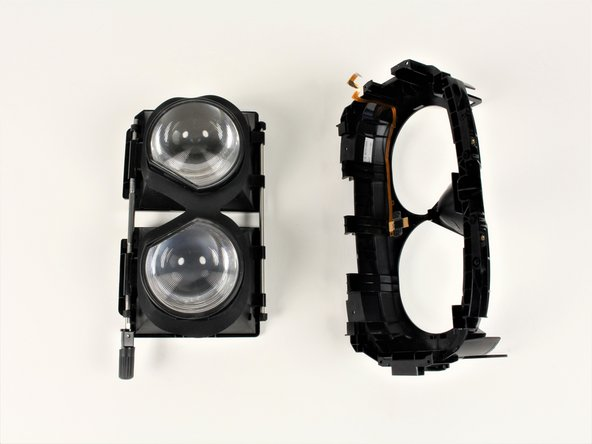 Pull facerest from the eyepieces to separate the parts.