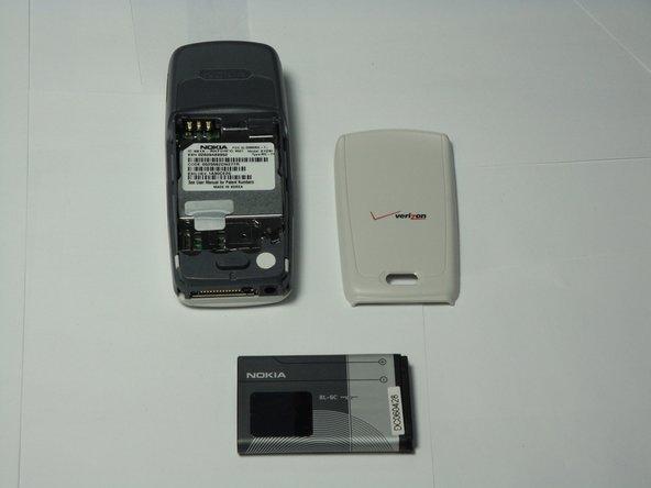 Remplacement de la batterie du Nokia 2128i