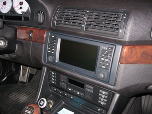 Upgrade 2000 and earlier model BMWs with the Widescreen Navigation