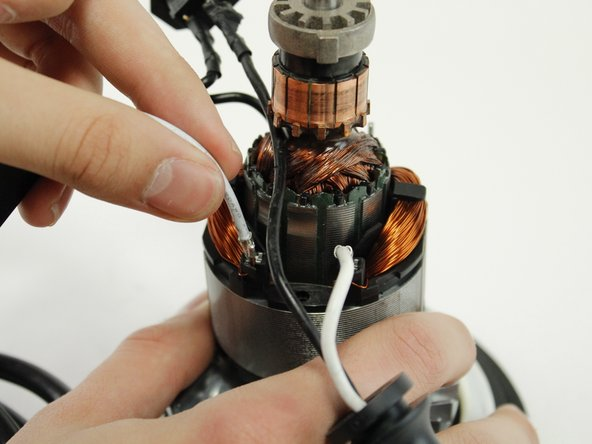 Image 2/3: Make a note of where each wire should be, you will avoid making wiring mistakes when assembling the device.