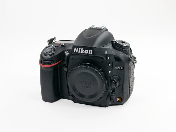 Entry level + full-frame = Nikon D600. Let's see what it's got.