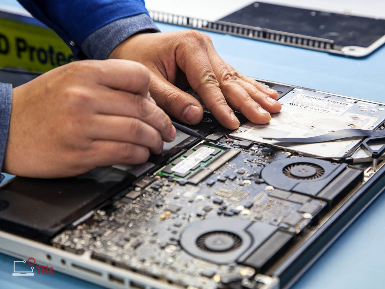 How To Package Logic Board For Shipping Ifixit Repair Guide Electronics Repairs All Types Of Printed Circuit Boards Pc