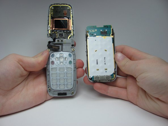 Image 2/2: 2) The keypad and the rest of the phone